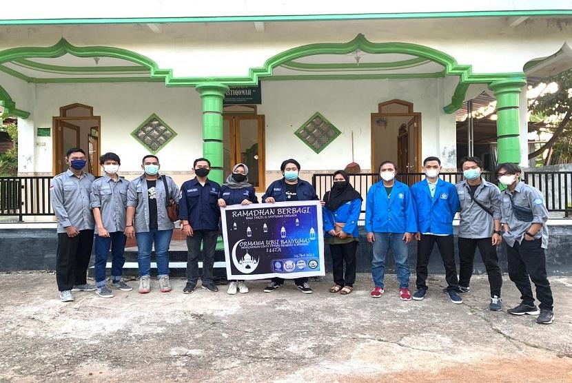 Ramadhan merupakan momen yang tepat untuk saling berbagi dengan sesama. Berangkat dari hal ini, BEM (Badan Eksekutif Mahasiswa) dan Ormawa (Organisasi Mahasiswa) Universitas BSI (Bina Sarana Informatika) Kampus Purwokerto melaksanakan Ramadhan Berbagi pada Sabtu (24/4).