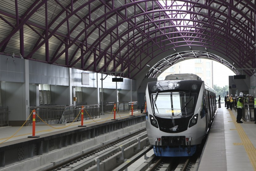 Light Rail Transit (LRT) at Bumi Sriwijaya station, Palembang, South Sumatra.