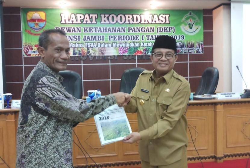 Rapat Koordinasi Dewan Ketahanan Pangan (DKP) Provinsi Jambi, di Kantor Bappeda Jambi, Senin (29/4).