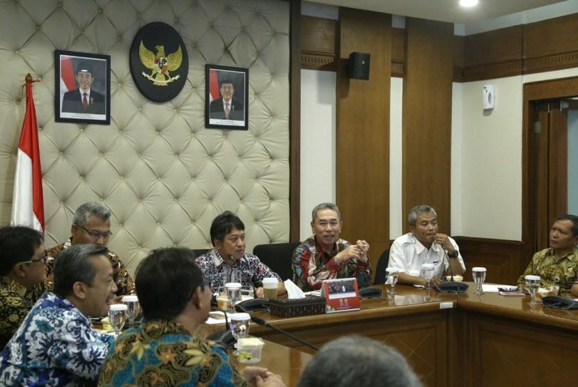 Rapat koordinasi tingkat eselon 1 di Kemenko PMK membahas kesiapsiagaan bencana susulan di Selat Sunda.