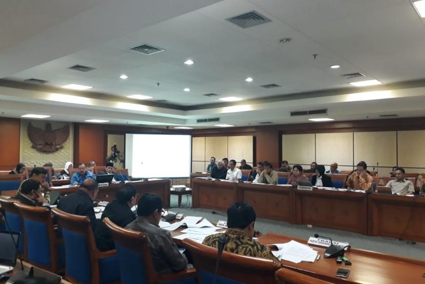 Rapat Panja Tim Perumus Revisi Undang-undang Nomor 15 Tahun 2003 tentang Pemberantasan Tindak Pidana Terorisme di Komplek Parlemen, Senayan, Jakarta, Rabu (23/5).