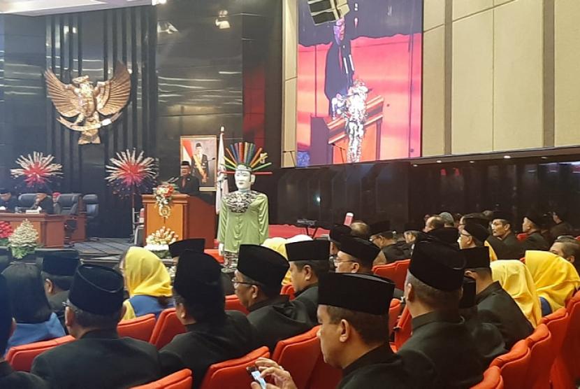 Rapat Paripurna Istimewa DPRD dalam memperingati HUT Ke-492 DKI Jakarta, Sabtu (22/6).