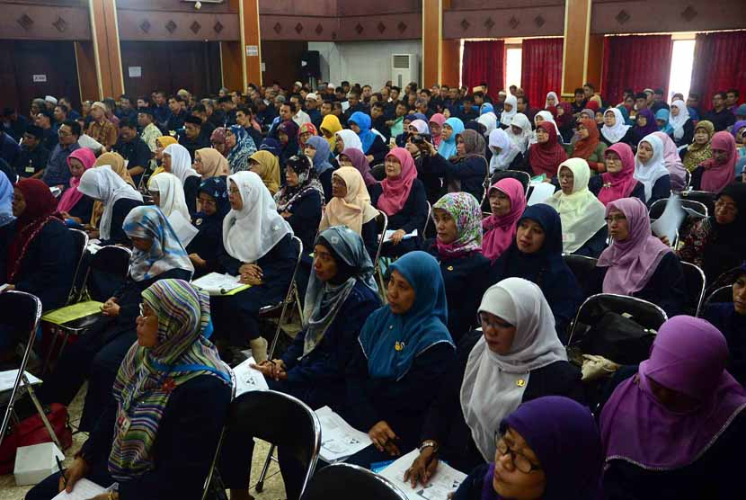Ratusan guru agama mengikuti seminar kurikulum Pendidikan Agama Indonesia. (ilustrasi)