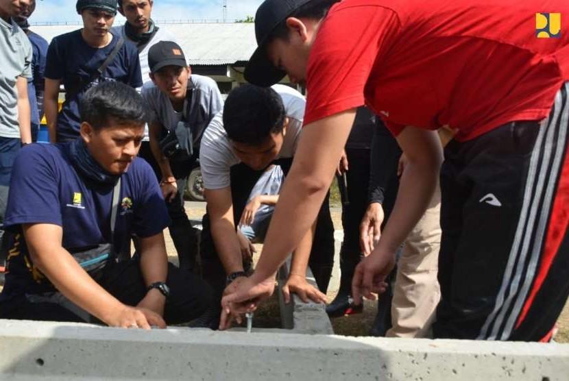 Ratusan insinyur muda diberangkatkan ke Lombok untuk rehabilitasi rumah korban gempa Lombok, Nusa Tenggara Barat