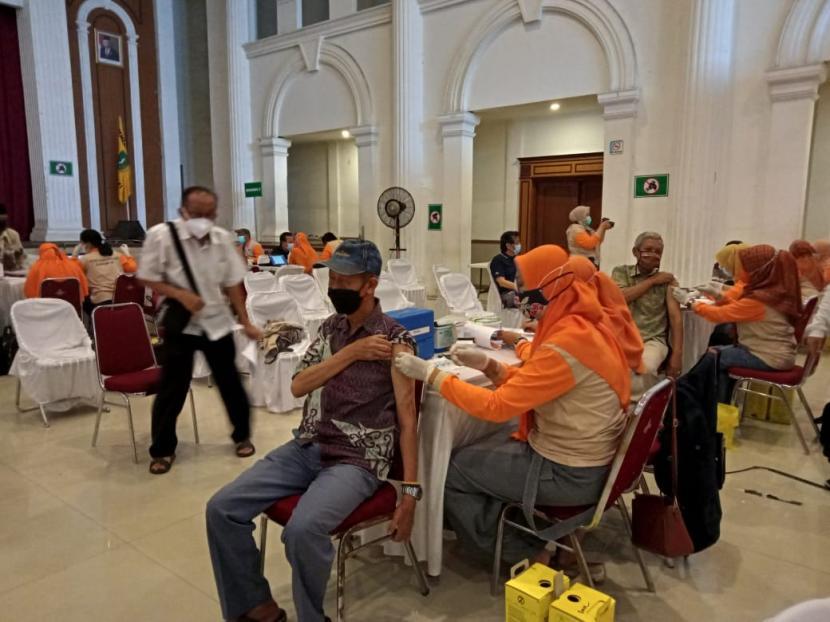Ini Cara Walkot Sukabumi Edukasi Prokes & Vaksinasi ke Warga (ilustrasi).