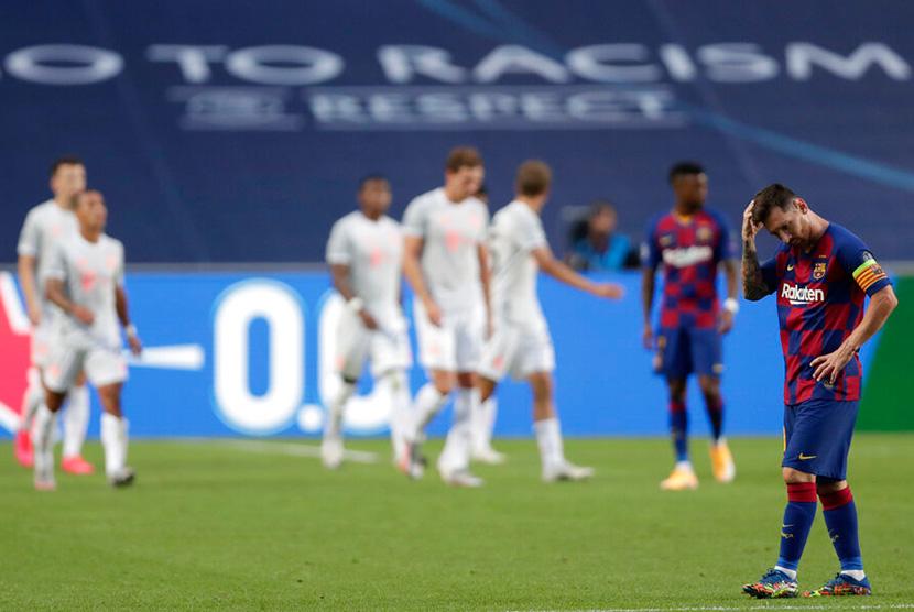 Babak Pertama, Bayern Muenchen Hajar Barcelona 4-1