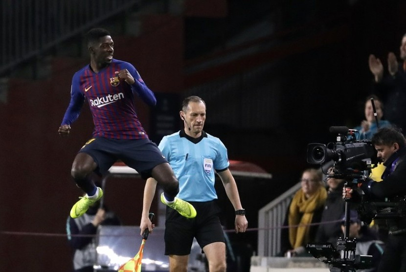 Reaksi Ousmane Dembele usai mencetak gol ke gawang Tottenham Hotspur di ajang Liga Champions 2018/2019