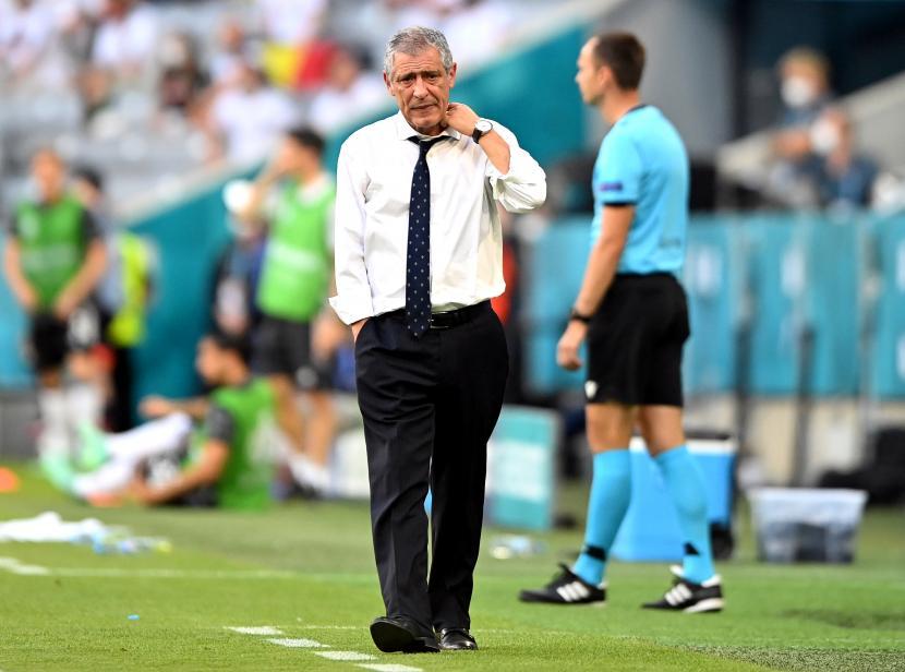 Reaksi pelatih kepala Portugal Fernando Santos