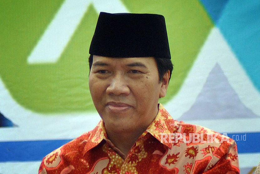 Rektor Undip, Prof Dr Yos Johan Utama SH MHum