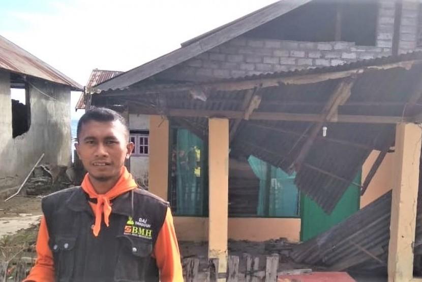 Relawan BMH-SAR Hidayatullah sudah tiba di lokasi terjadinya musibah gempa bumi di Halmahera Selatan, Senin (15/7).