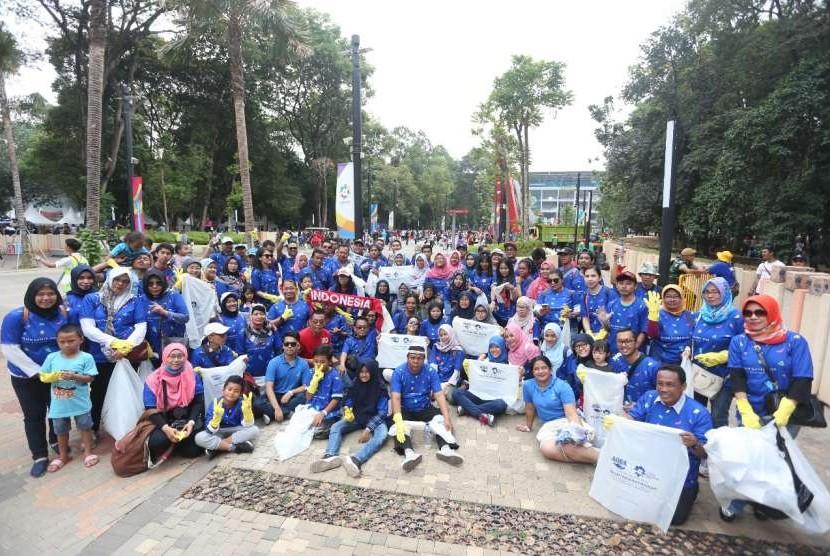 Relawan #KontingenKebaikan saat berlangsungnya Asian Games 2018