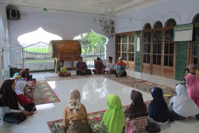remaja masjid ilustrasi