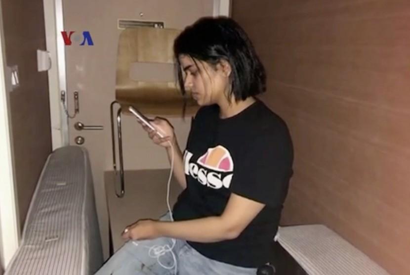 Remaja putri asal Arab Saudi kabur dari keluarganya saat berlibur bersama keluarga di Kuwait.