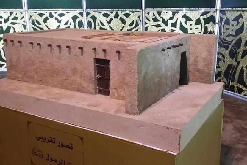 Replika rumah nabi di museum Masjid Nabawi Madinah.
