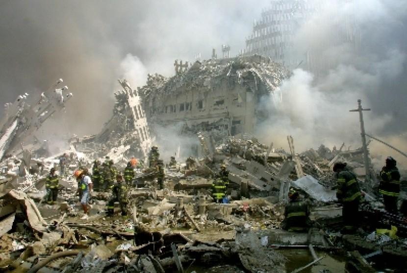Reruntuhan menara kembar WTC, New York.