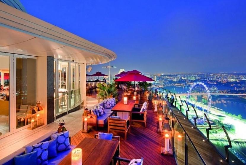 Restoran Ce La Vi, Singapura