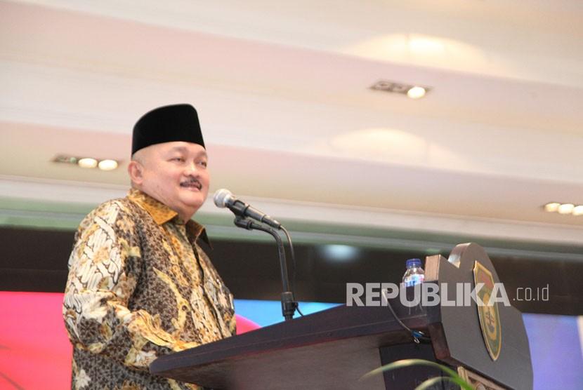 Ribuan pengemudi Gojek Indonesia berhalal bil halal dengan Gubernur Sumatera Selatan (Sumsel) Alex Noerdin di Griya Agung, Rabu (20/6).