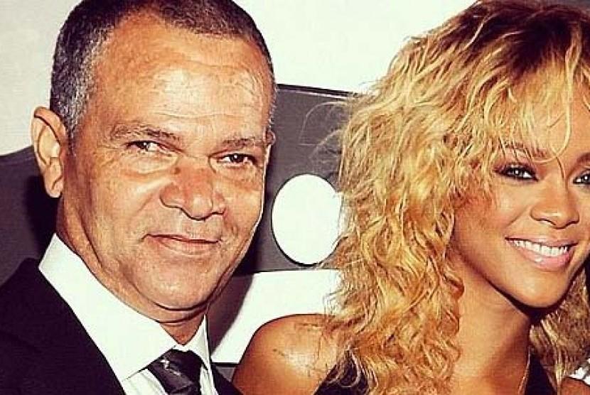 Rihanna dan sang ayah
