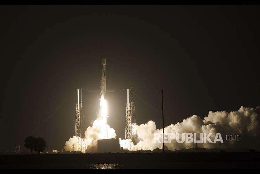 Peluncuran satelit di Cape Canaveral, Florida, Amerika Serikat. (Ilustrasi)