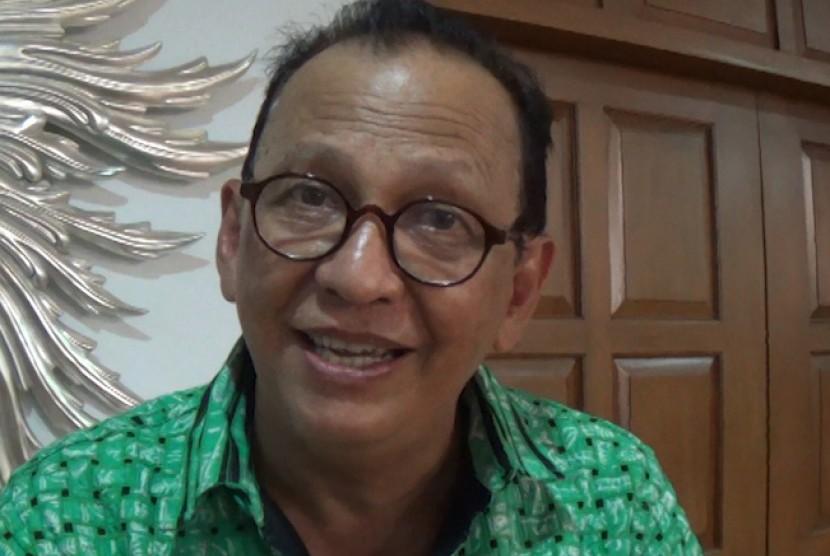 Roy Marten, aktor senior Indonesia.