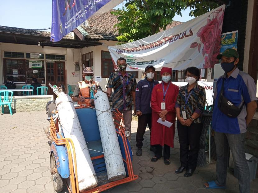 RS di Kota Malang meminjamkan tabung oksigen untuk warga isolasi mandiri (isoman).