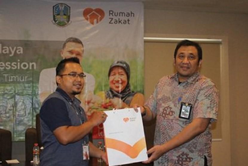 Rumah Zakat dan Pemprov Jawa Timur menjalin kerja sama pembangunan Desa Berdaya.