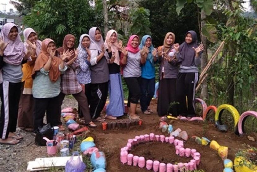 Rumah Zakat ikut mensukseskan program Banjarnegara Sejuta Bunga.