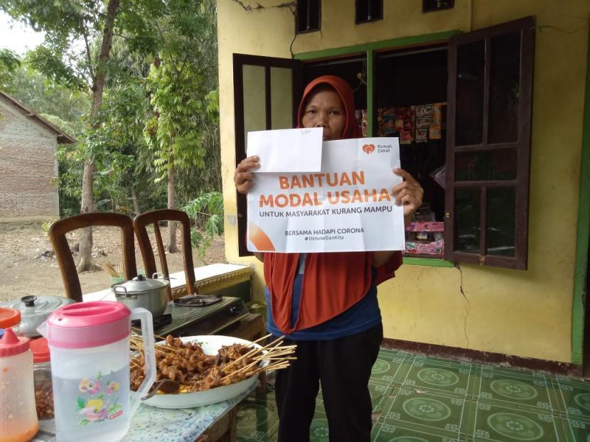 Dukung UMKM, Rumah Zakat Salurkan Bantuan Modal Usaha ...