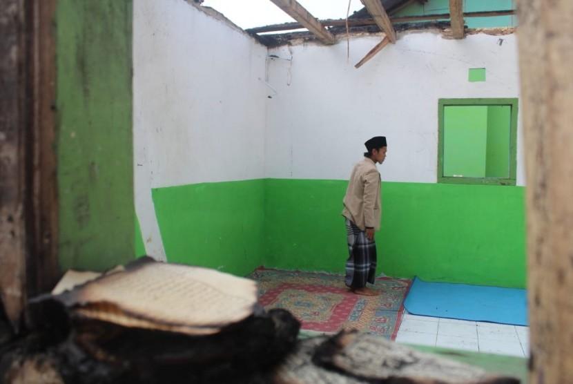 Rumah Zakat menghadirkan Superqurban untuk warga terdampak kebakaran di Bandung Barat.