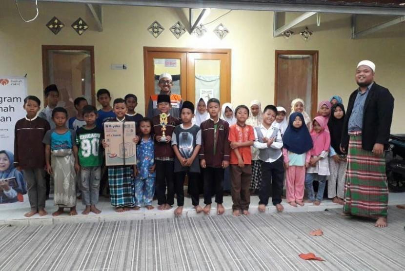 Rumah Quran Al-Huda Dapat Bantuan Sarana Air Bersih