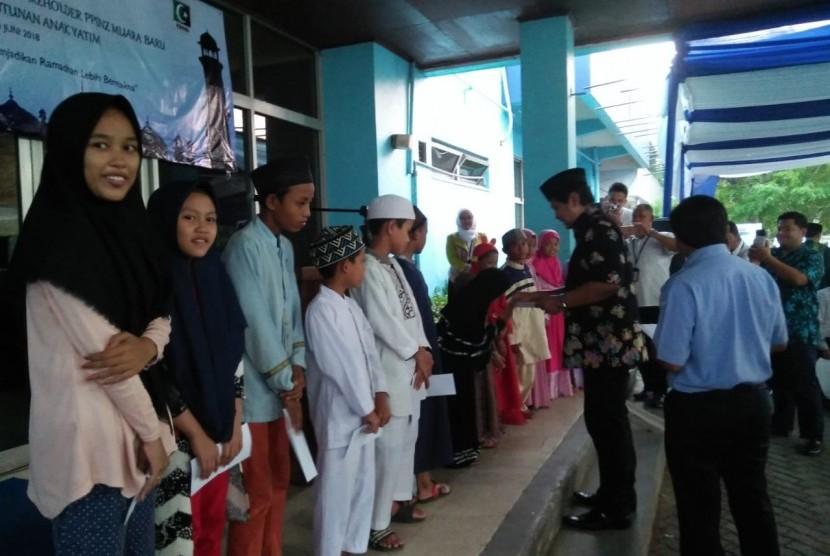 Safari Ramadhan KAHMI dengan masyarakat pesisir di Jakarta Utara, Senin (4/6).