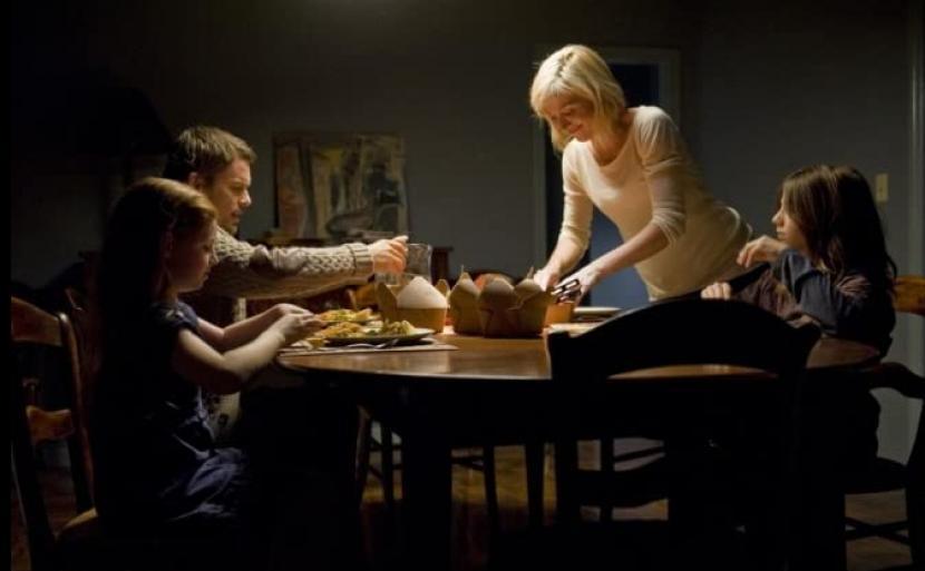 Film Sinister merupakan salah satu film horor karya sutradara Marvel.