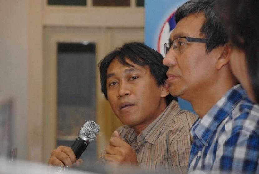 Salah satu bakal cawalkot Depok, JJ Rizal (kiri).