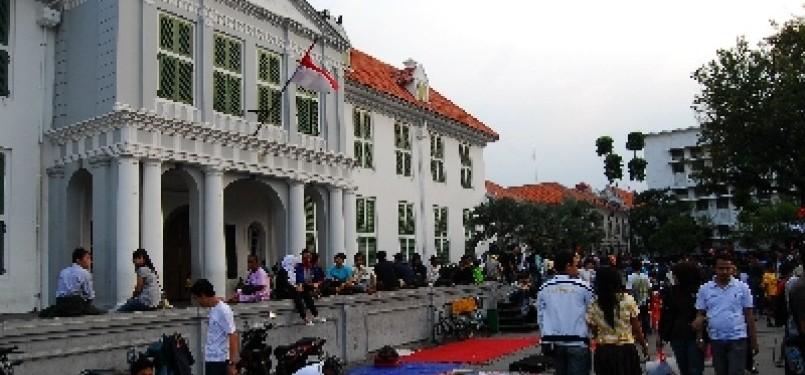 Salah satu gedung bersejarah di kawasan Kota Tua, Jakarta.