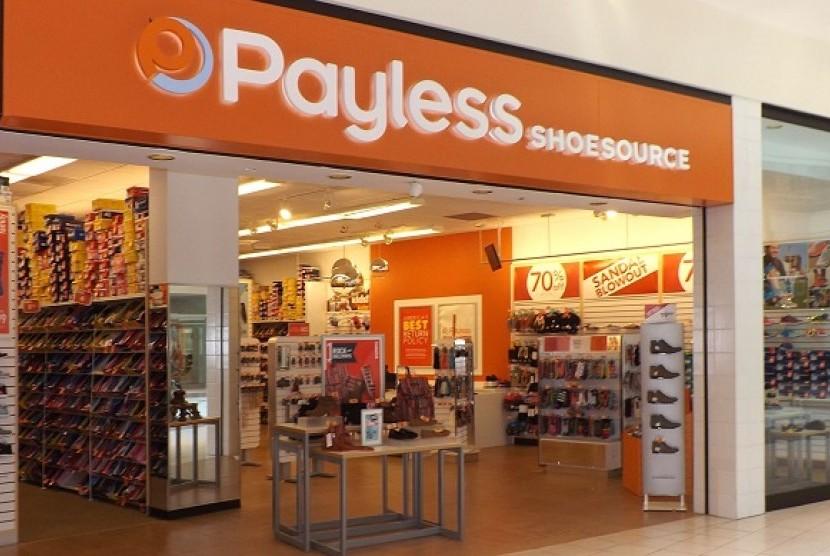 Salah satu gerai toko Payless.