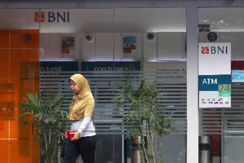 Salah satu kantor cabang BNI (ilustrasi). PT Bank Negara Indonesia (BNI) Tbk berencana merelokasi hingga menutup 96 kantor cabang pada tahun ini.