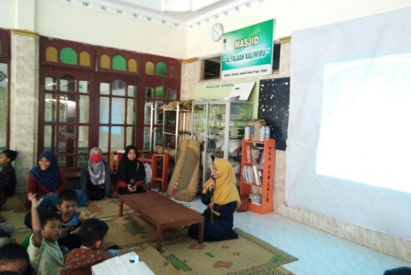 Salah satu kegiatan Mubaligh Hijrah di Kulonprogo.