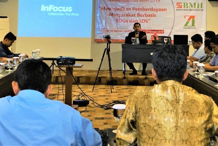 Salah satu kegiatan pelatihan Laznas BMH yang belum lama ini dilakukan di Jakarta.
