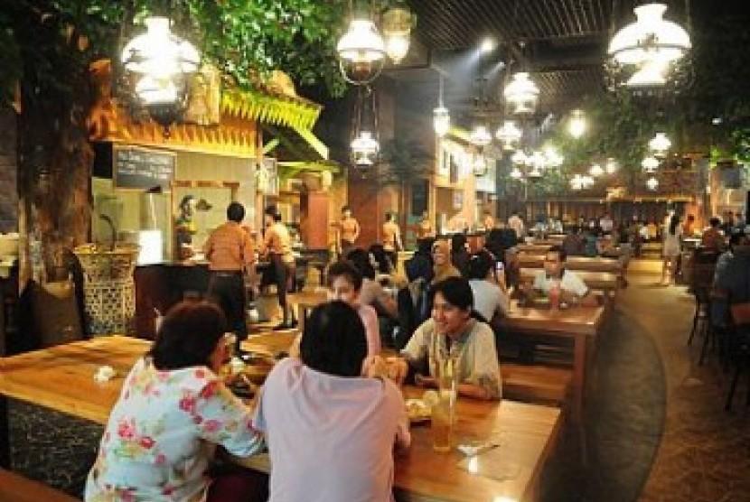 Salah satu kompleks penjualan kuliner tradisional