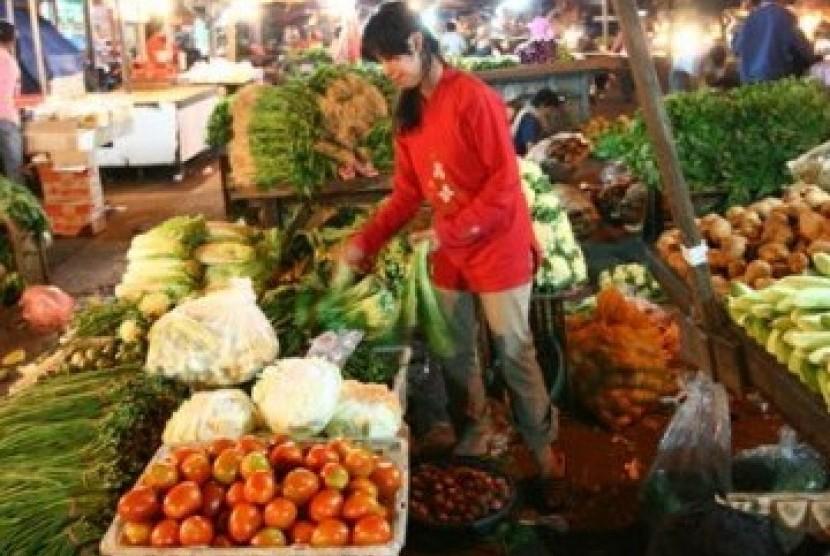 Salah satu kondisi pasar tradisional di Indonesia.