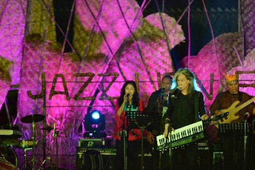 Salah satu program wisata Banyuwangi, Jazz Ijen Banyuwangi.