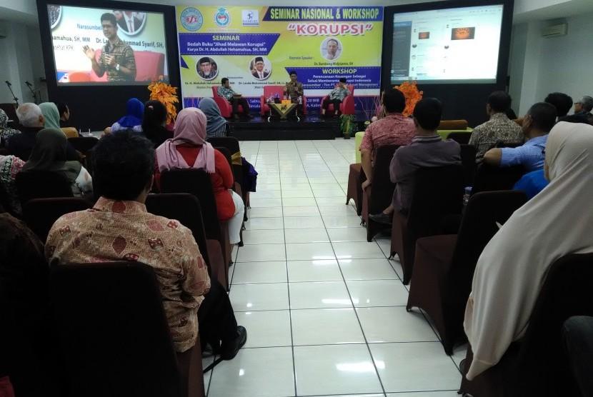 Salah satu seminar anti korupsi yang diadakan oleh Universitas BSI.