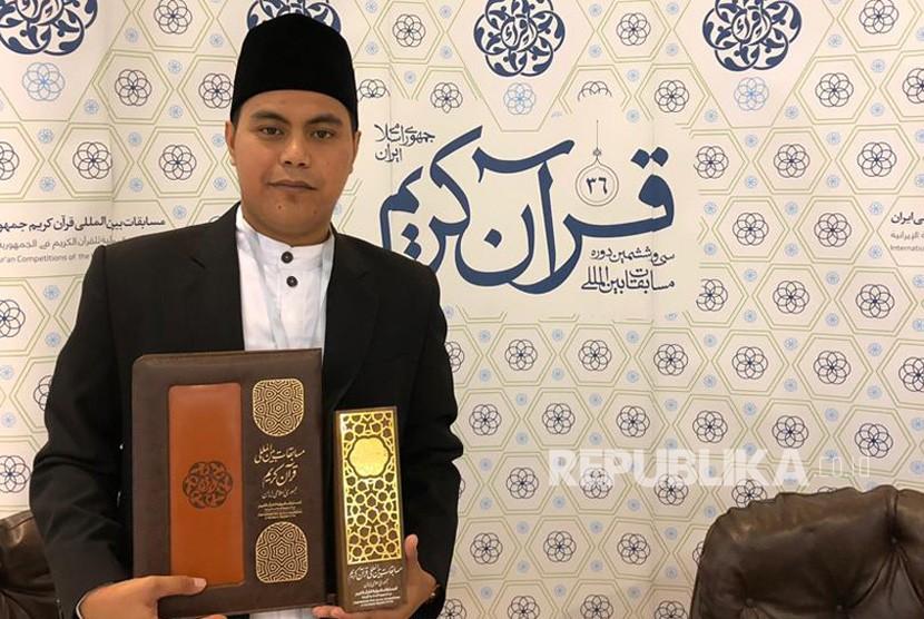 Salman Amrillah, Juara 1  katagori Qori Dewasa putera, dari Prov.Jawa Barat