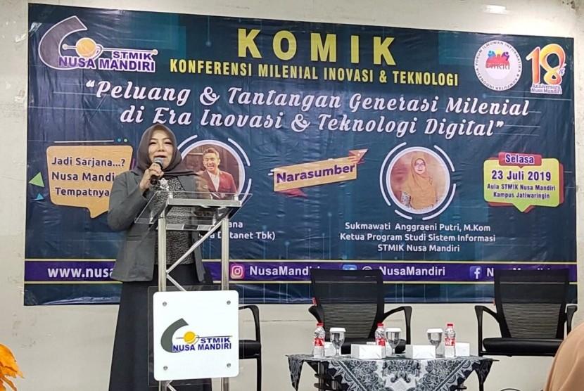 Sambutan Ketua STMIK Nusa Mandiri, Dr Dwiza Riana di acara KOMIK.