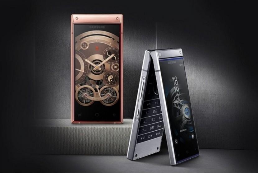 Samsung W2019.