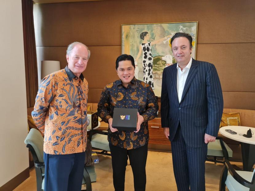 Sarinah Go Global: Menteri BUMN Erick Thohir bertemu dengan salah satu founder Dufry, Luis Andres N Holzer.