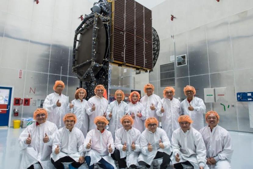 Satelit Merah Putih akan segera diluncurkan.