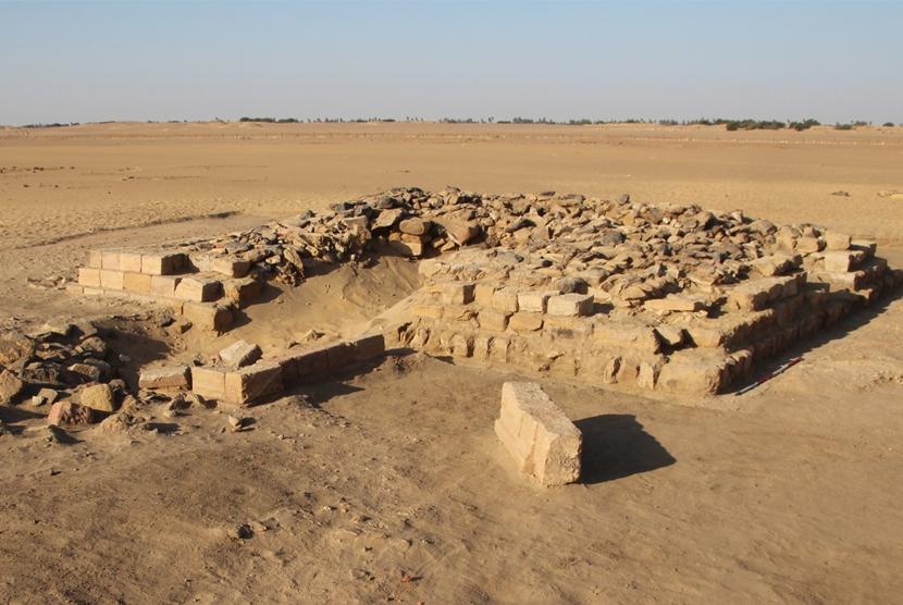 Satu dari 16 Piramida ditemukan di pemakaman di kota kuno Gematon di Sudan.