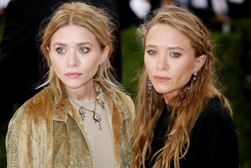 Saudara kembar Mary-Kate (kiri) dan Ashley Olsen.