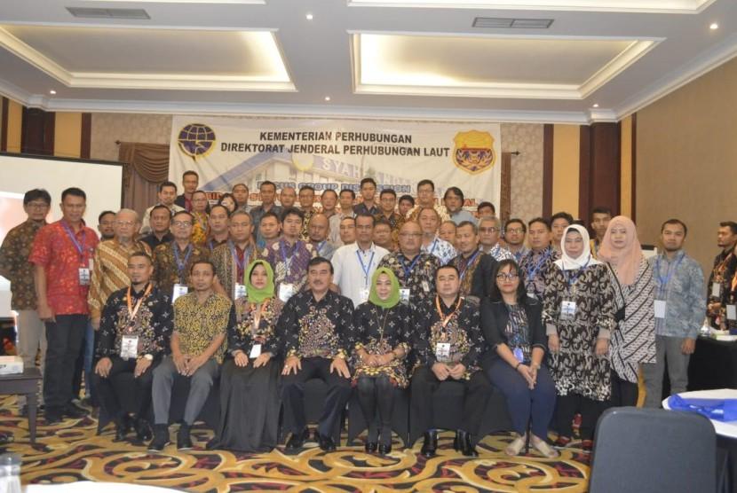 Sebagai informasi, Sebanyak 75 peserta yang terdiri dari Unit Pelaksana Teknis (UPT) mengikuti kegiatan FGD keselamatan kapal, di The Grantage Hotel, Serpong, Jumat (19/10).